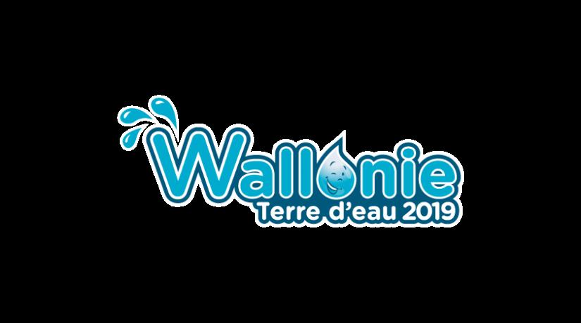 Logo de la Wallonie, terre d'eau - texte entouré de quelques gouttes