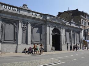 Musée des arts anciens : vue depuis la rue de fer
