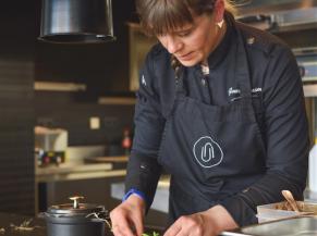 Genevieve Vaassen, cheffe du restaurant Umami