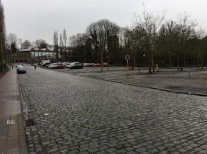 parking Stade et voie d'accès