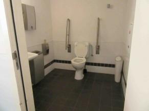 Sanitaire PMR (niveau -1 )
