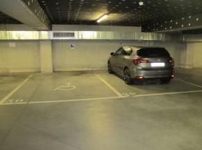 Parking pmr privé