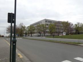 Hôpital  militaire Reine Astrid (aile Centre de Vaccination)