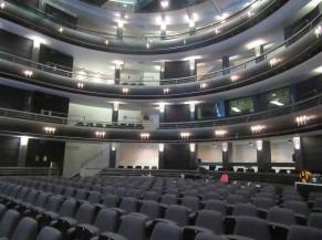 intérieur de la salle KVS Bol (salle de concert circulaire)