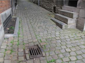 Obstacles sur la voie d'accès
