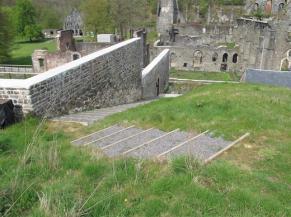 Escalier d'accès au point de vue