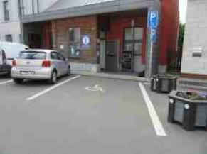 Parking PMR au départ du point Info ou REgare