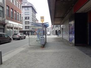 Arrêt de bus (à proximité)
