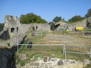 Cour supérieure des ruines du château