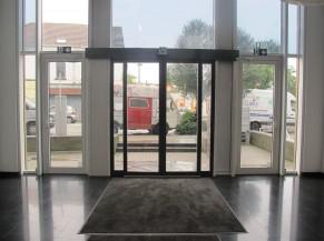 Portes d'entrée coulissantes automatiques du bâtiment