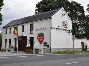 Bâtiment accueillant le musée de la fraise