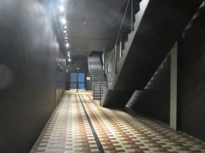 Dessous d'escalier non sécurisé
