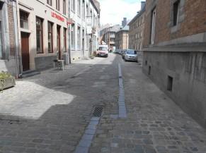 Rue avec parking limité