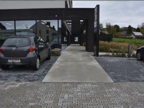 Parking du bas et entrée secondaire (niveau -2)