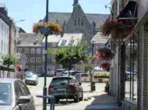 Centre ville d'Aubel avec ces nombreux commerces
