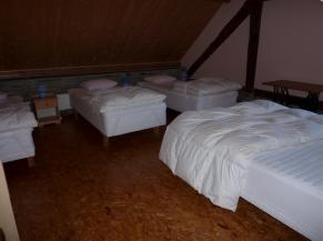 chambre (5 pers) au rez-de-chaussée