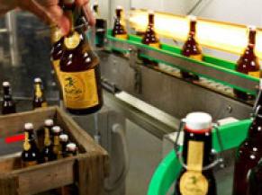 embouteillage de la bière Quintine