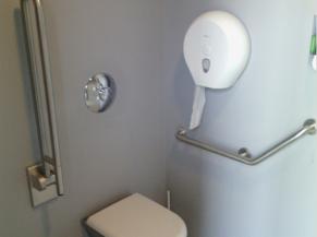 Toilette adaptée