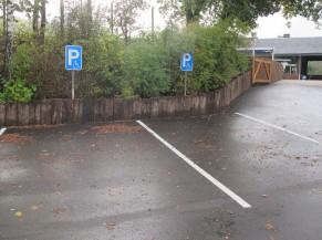 haut du parking et voie d'accès (rampe 15%-17m)