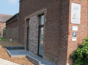 Voie d'accès secondaire reliant les emplacements réservés vers 2 des 3 nouvelles chambres