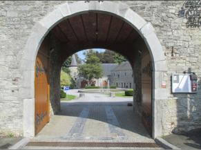 Porche d'entrée du château