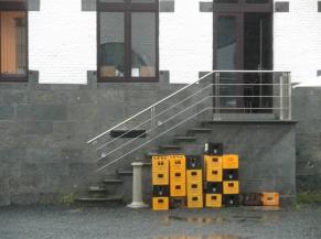 escalier extérieur salle degustation