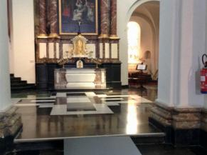 ampe vers le transept