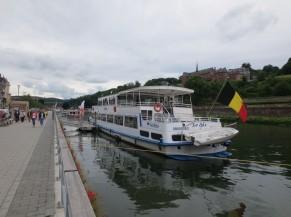 Voie d'accès au bateau - trottoir