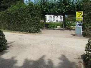 Carrefour entre les 2 voies d'accès (Orangerie & Cour d'Honneur)