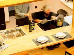 Cuisine adaptée ouverte sur le séjour