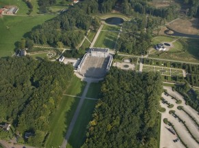 Vue aérienne du Parc et Château de Seneffe