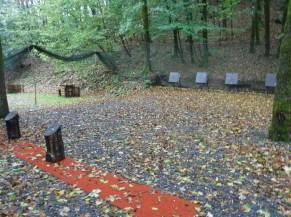 Zone d'activité du tir à l'arc tout à fait de plain-pied.