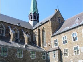 cour intérieure et clocher