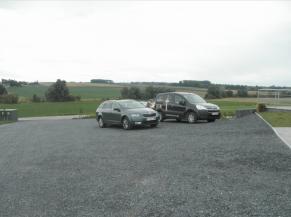 parking en graviers
