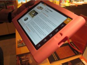 Tablette interactive à disposition
