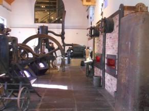 Salle dans bâtiment de l'Industrie