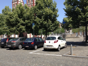 Zone de stationnement réservé sur le domaine public