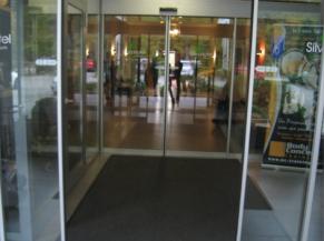 Portes d'entrée coulissantes automatiques