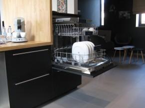 Lave-vaisselle à bonne hauteur