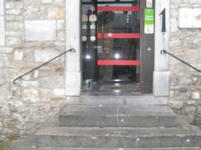 Sécurisation de la porte vitrée du sas d'entrée
