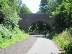 Passage du ravel sous un pont