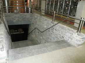 escalier cave distillerie